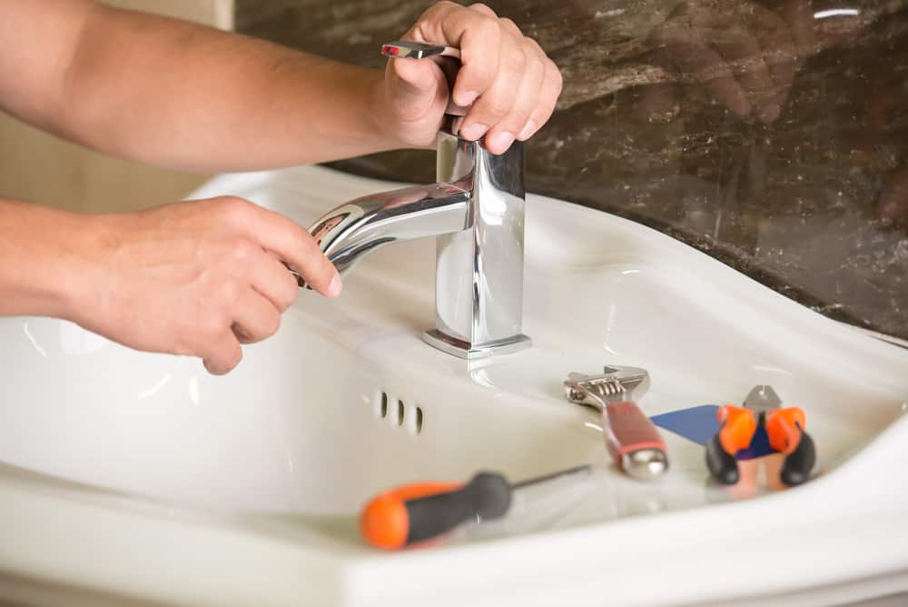 How to Fix a Faulty Faucet
